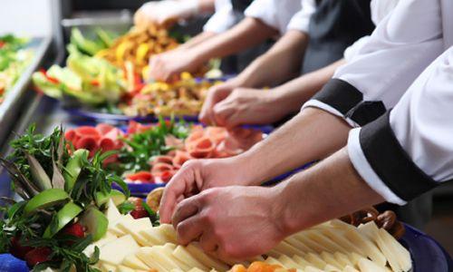 Descubra tudo sobre os tipos de Serviços de Alimentação