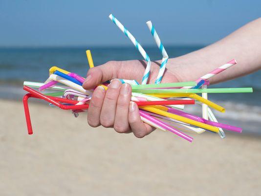 Entra em vigor lei que proíbe uso de Canudos Plásticos em Conde – PB