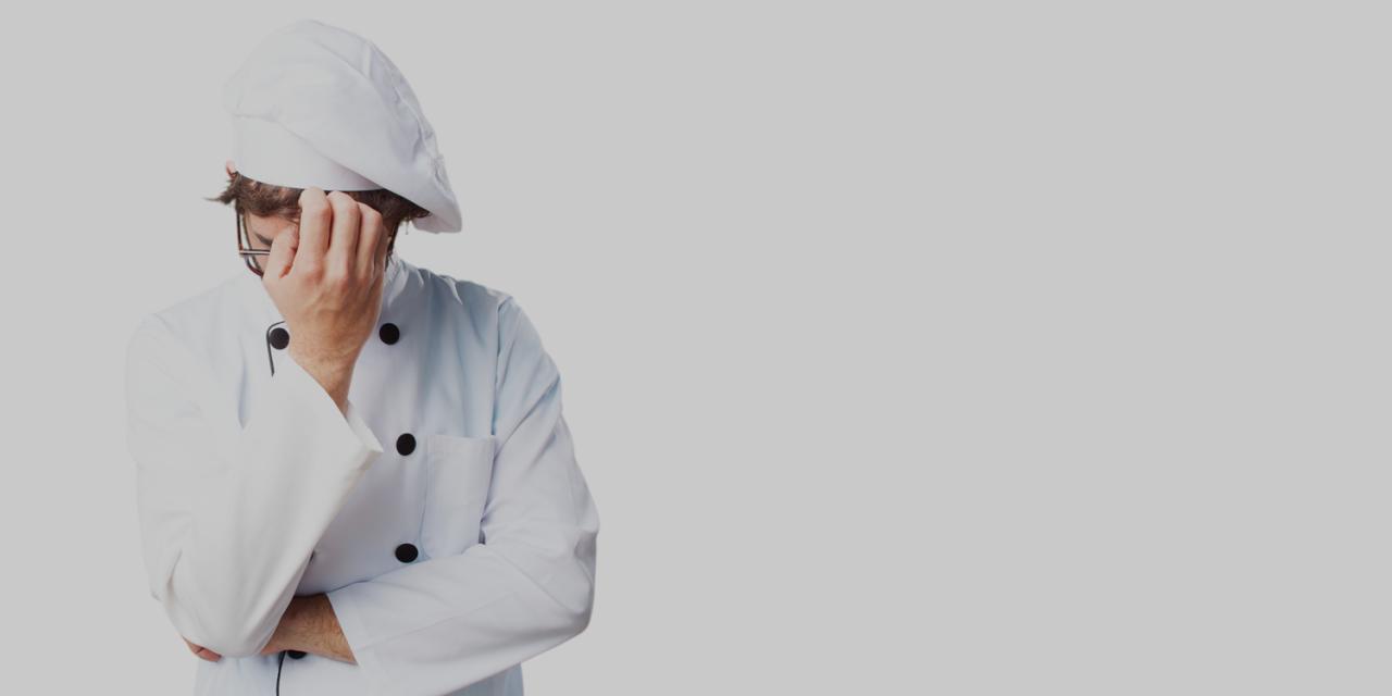 Top 5 falhas comuns dos manipuladores de alimentos que podem prejudicar o seu negócio de alimentação